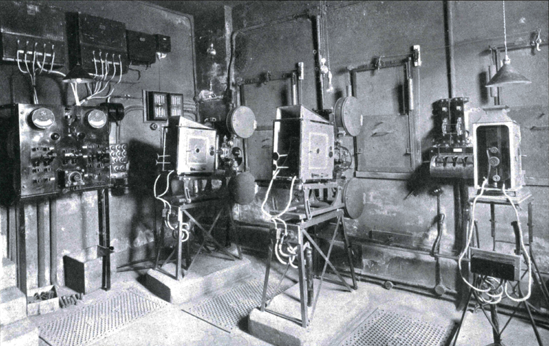 1912 box. Leeds.jpg